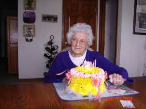 89th Brithday!  Isn't she beautiful!